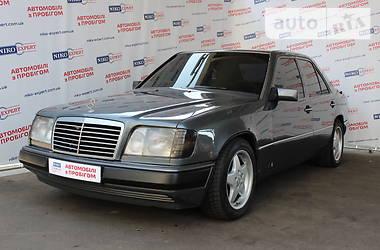 Mercedes-Benz E-Class 220 1994