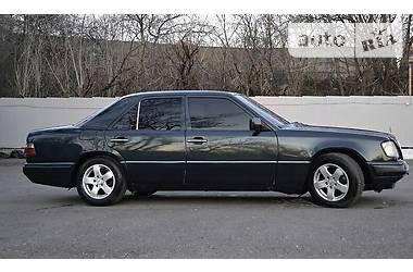 Mercedes-Benz E-Class 250D 1993