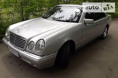 Mercedes-Benz E-Class Avantgard 1997