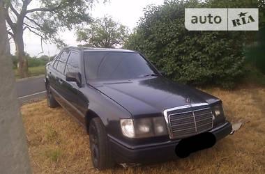 Mercedes-Benz E-Class e260 1988