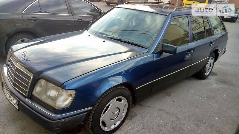 AUTO.RIA – Продам Мерседес Е-Класс 124 1995 : 3600$, Киев