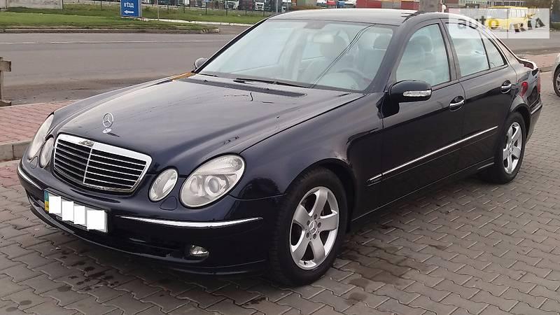 Mercedes-Benz E 2005 года