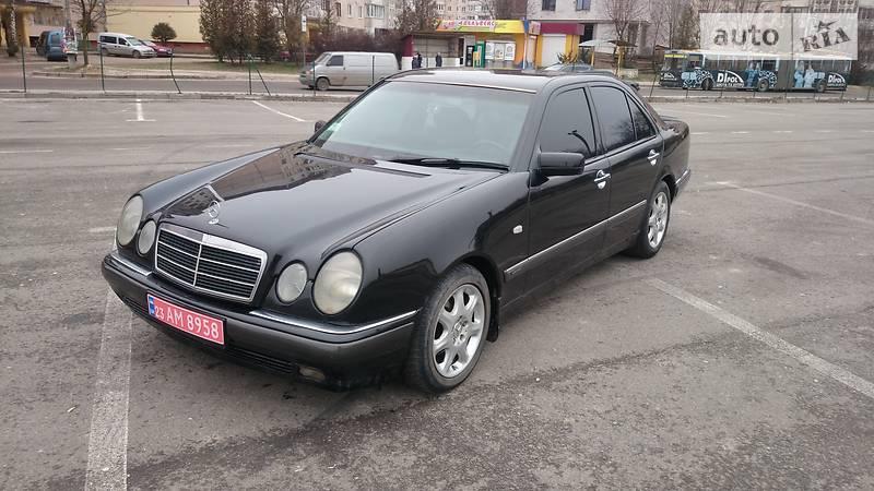 Mercedes-Benz E 1999 року