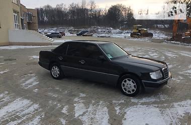 Mercedes-Benz E-Class 3.0  1993