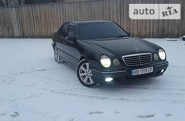 Mercedes-Benz E-Class E430 4 MATIK 2000