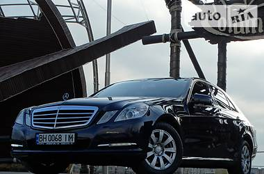 Mercedes-Benz E-Class IDEAL.OBSLUJEN.FULL. 2012