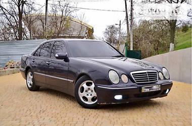 Mercedes-Benz E-Class Avantgarde  2001