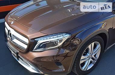 Mercedes-Benz GLA-Class 4 Matic 2015