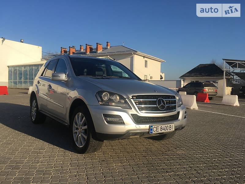 Mercedes-Benz ML 300