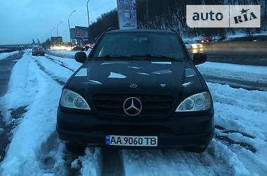 Mercedes-Benz ML 320 2001