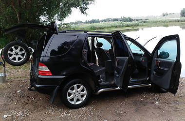 Mercedes-Benz ML 430 1999
