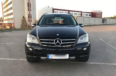 Mercedes-Benz ML 500  2005