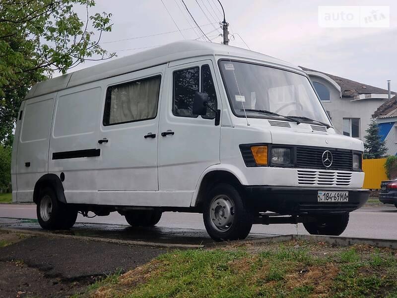 Mercedes-Benz O 407