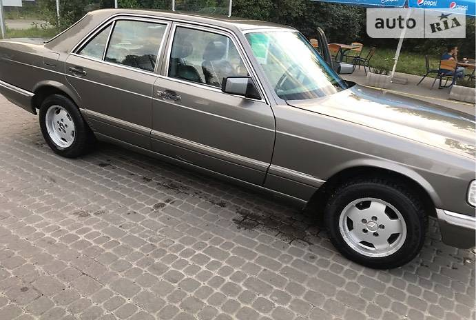 Mercedes-Benz S 380