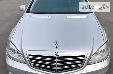 Mercedes-Benz S 500 4Matic  2011