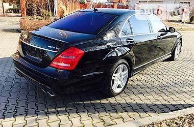 Mercedes-Benz S 550 4-MATIC AMG S 63 2008