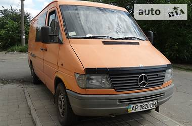 Mercedes-Benz Sprinter 208 пасс.  1996