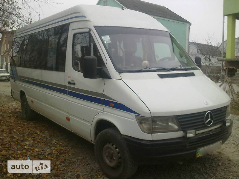 Mercedes-Benz Sprinter 310 пасс.