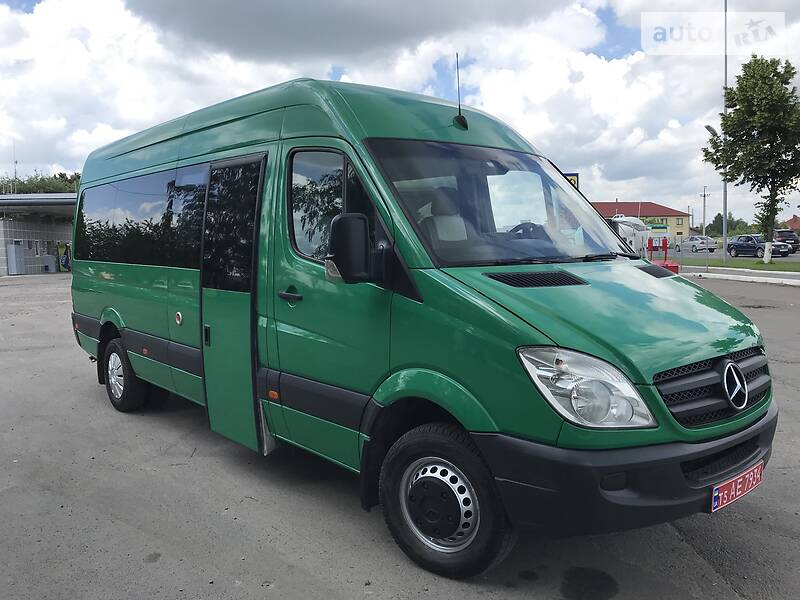 Mercedes-Benz Sprinter 515 пасс.