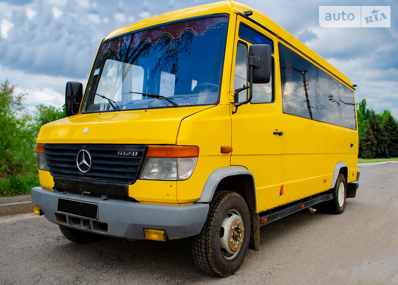 Mercedes-Benz T2 611 пасс