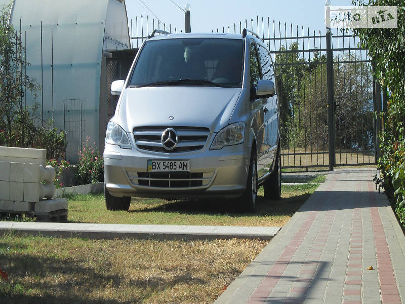 Mercedes-Benz Viano 2010 року