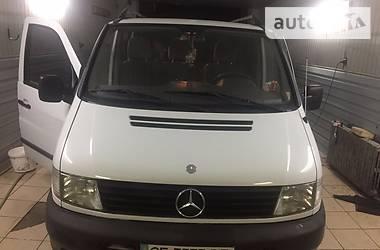 Mercedes-Benz Vito пасс. 110 2000