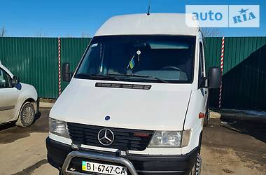 Характеристики Mercedes-Benz Sprinter 412 пасс. Микроавтобус (от 10 до 22 пас.)