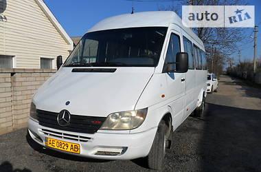 Характеристики Mercedes-Benz Sprinter 413 пас. Мікроавтобус (від 10 до 22 пас.)
