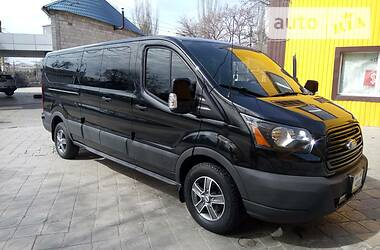 Характеристики Ford Transit пасс. Микроавтобус (от 10 до 22 пас.)