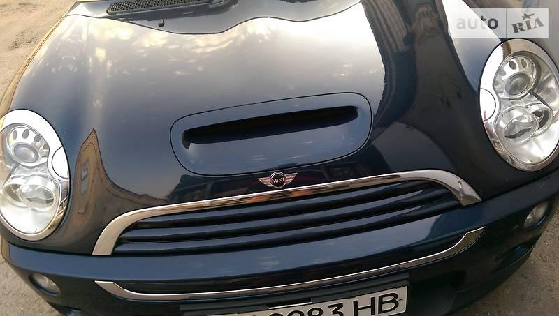 Mini Cooper S 2006 року