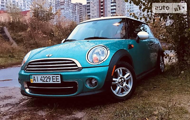 Mini Cooper 2012 року