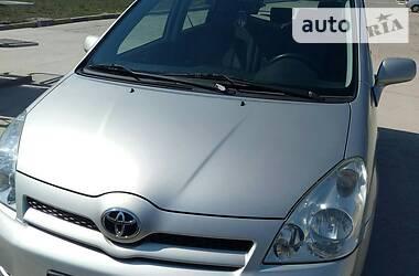 Характеристики Toyota Corolla Verso Минивэн