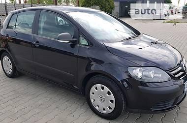 Характеристики Volkswagen Golf Plus Мінівен