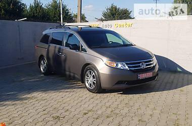 Характеристики Honda Odyssey Минивэн