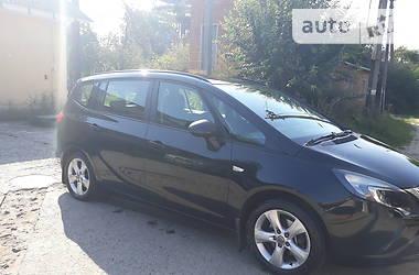 Характеристики Opel Zafira Tourer Мінівен