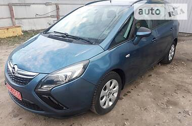 Характеристики Opel Zafira Tourer Минивэн