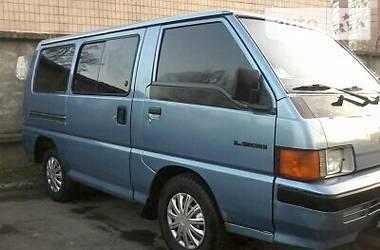 Mitsubishi L 300 пасс.  1989
