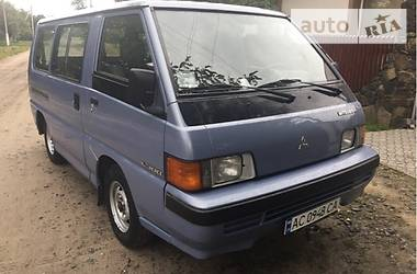 Mitsubishi L 300 пасс.   1990