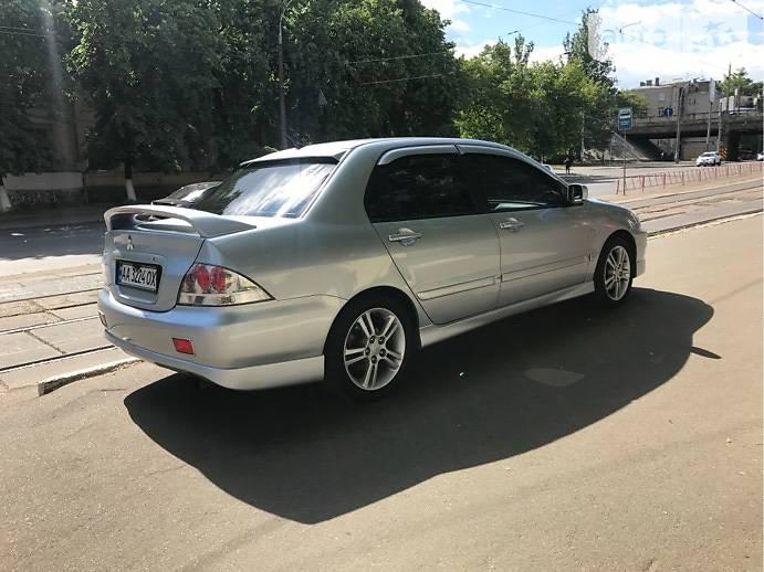 Mitsubishi Lancer 2006 года