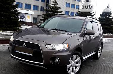 Mitsubishi Outlander XL INSTYLE 2011