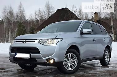 Mitsubishi Outlander XL  2015