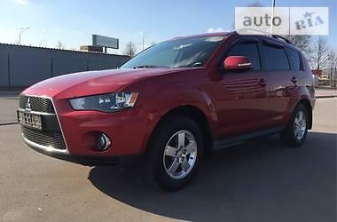 Mitsubishi Outlander XL 4WD 2011