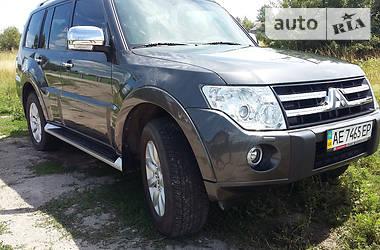 Mitsubishi Pajero Wagon  2011