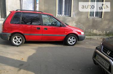 Mitsubishi Space Runner  1996