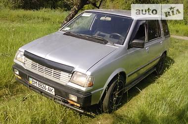 Mitsubishi Space Wagon  1988