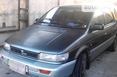 Mitsubishi Space Wagon  1992