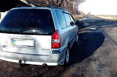 Mitsubishi Space Wagon  2000