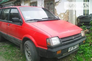 Mitsubishi Space Wagon  1987