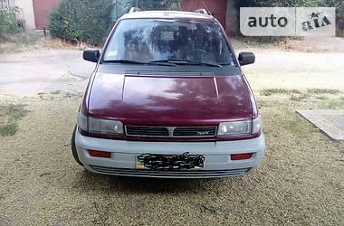 Mitsubishi Space Wagon  1994