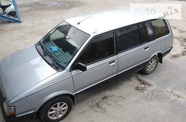 Mitsubishi Space Wagon GLXi 1989